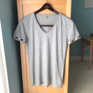 Burberry gray v-neck t-shirt size M